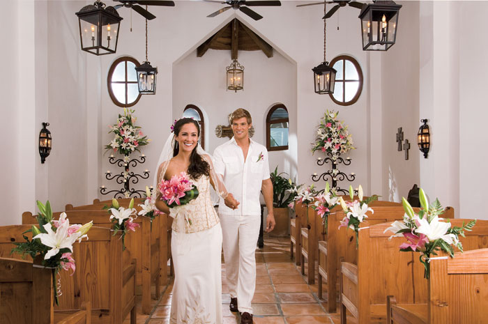 Going to the chapel at dreams tulum day dreams the for Best small wedding destinations