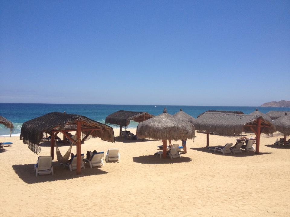 What a gorgeous view of the beach at Dreams Los Cabos! Thanks Setzuko for sharing!