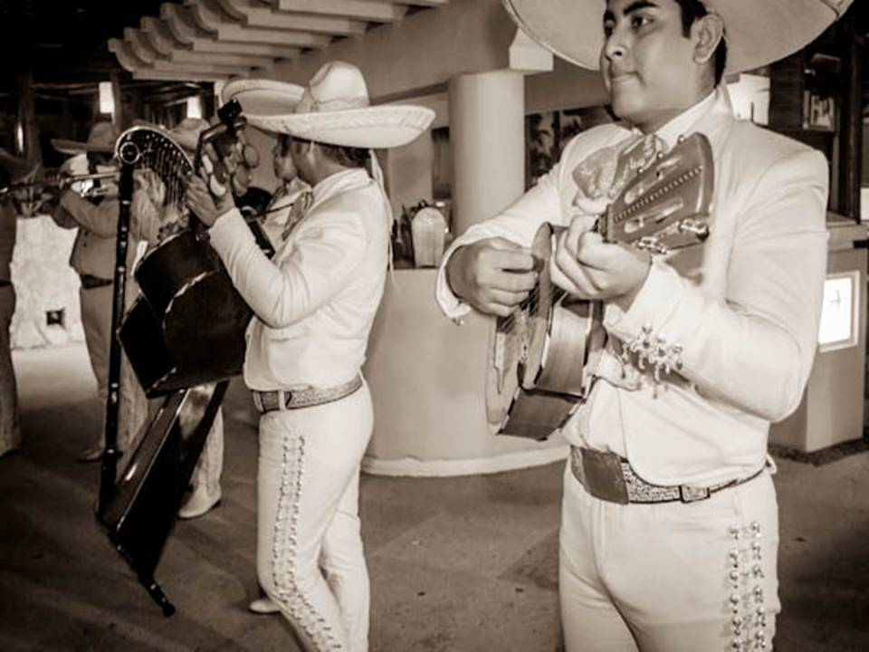 A Mariachi band at Dreams Los Cabos Suites Golf Resort & Spa