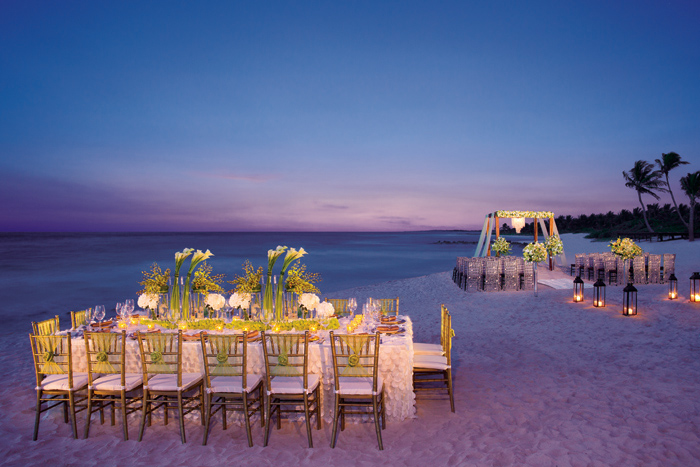 New resort imagery of dreams riviera cancun dreams tulum for Honeymoon on the beach