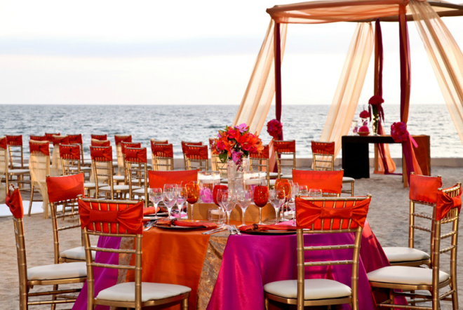 Stunning beachfront wedding at Dreams Villamagna Nuevo Vallarta