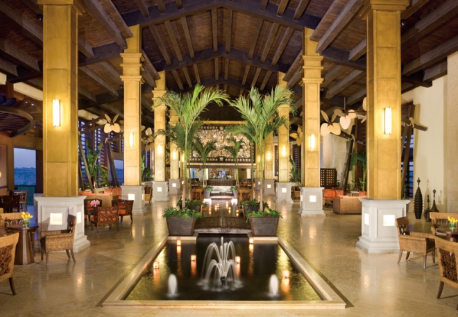The exquisite lobby of Dreams Riviera Cancun.