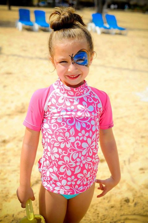 Festive face paint could be spotted all around Dreams Punta Cana!