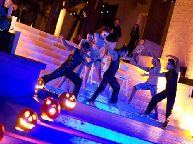 The entertainment team at Dreams Riviera Cancun put on a spectacular show for guests.