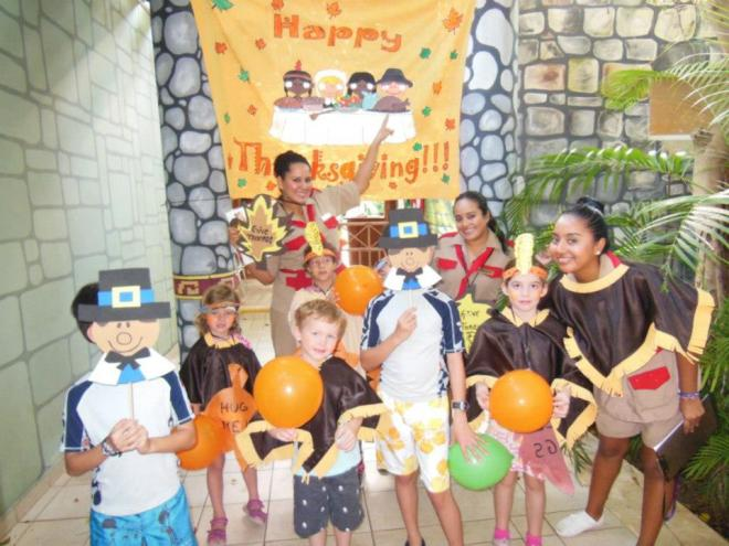 Fun Thanksgiving arts and crafts for kids in the Explorer's Club at Dreams Tulum Resort & Spa!