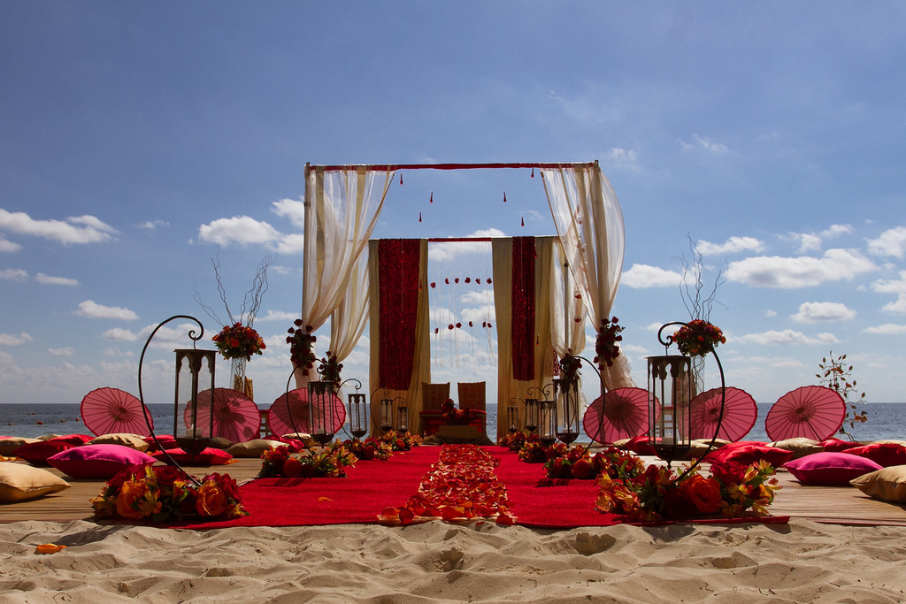 25 Out Of The Box Ideas For Your Destination Wedding: Wedding Themes At Dreams Riviera Cancun