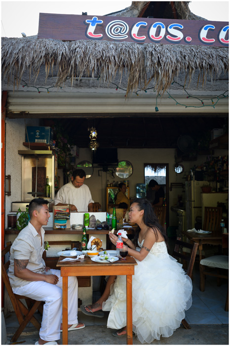 Linda and Vison let their personalities shine in this shot at a taco bar in nearby Puerto Morelos.