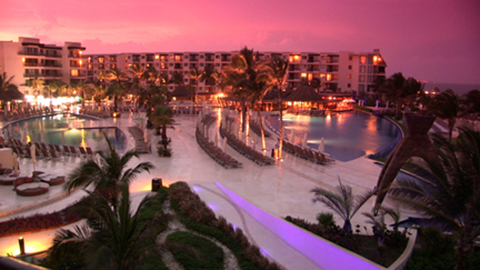 Cancun, Mexico Cancun is just perfect for gay couples and singles from all over the World